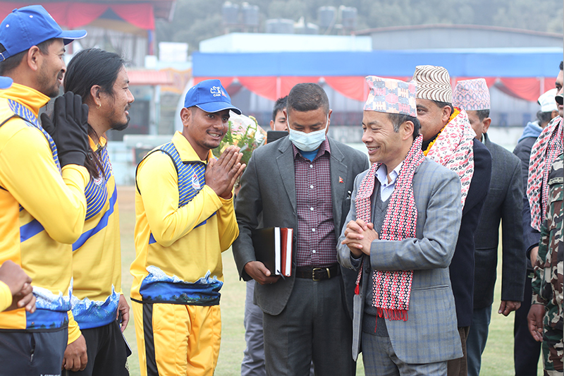 प्रधानमन्त्री कप क्रिकेट : गण्डकीविरुद्ध ब्याटिङ गर्दै आर्मी