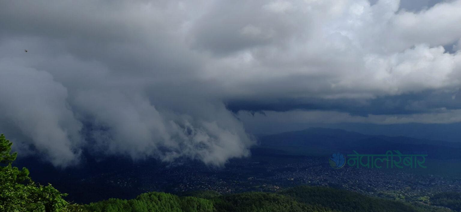 साउने झरी कर्णाली र सुदूरपश्चिममा केन्द्रित, केही स्थानमा भारी वर्षाकाे चेतावनी